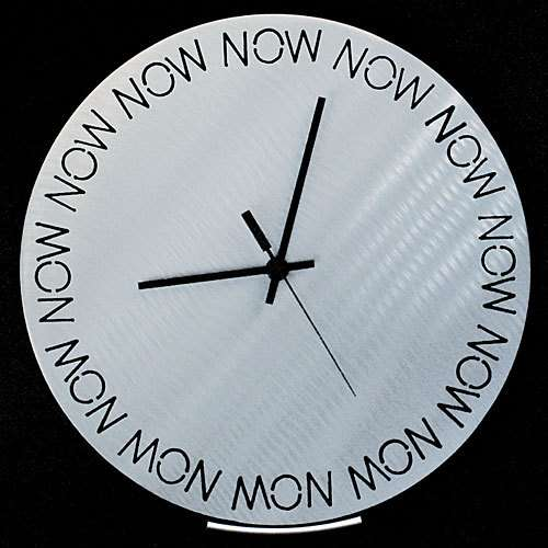"A clock always pointing to ""now"""